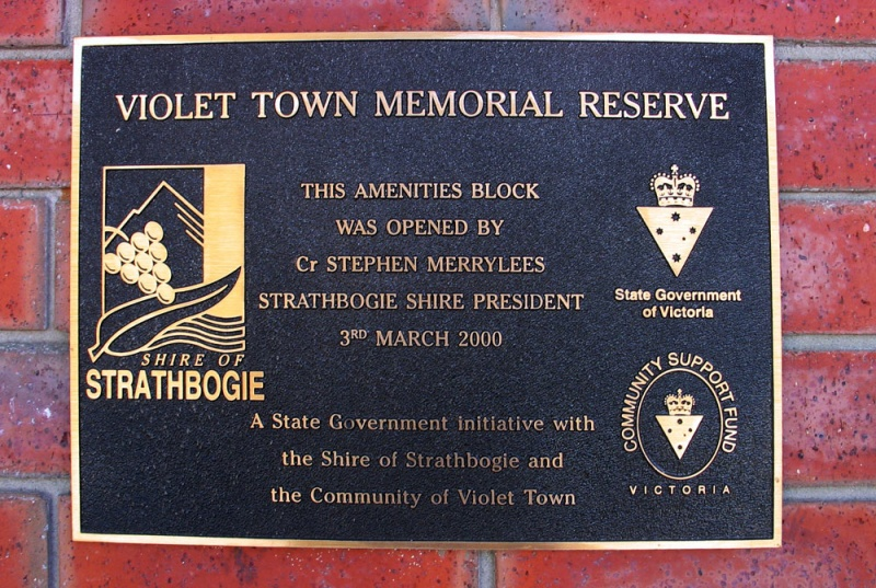 new-plaque-at-VT-Swimming-pool.jpg